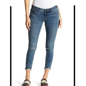 Free people low rise destroyed jeans 28